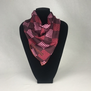 Louis Vuitton Shawl Damier Red