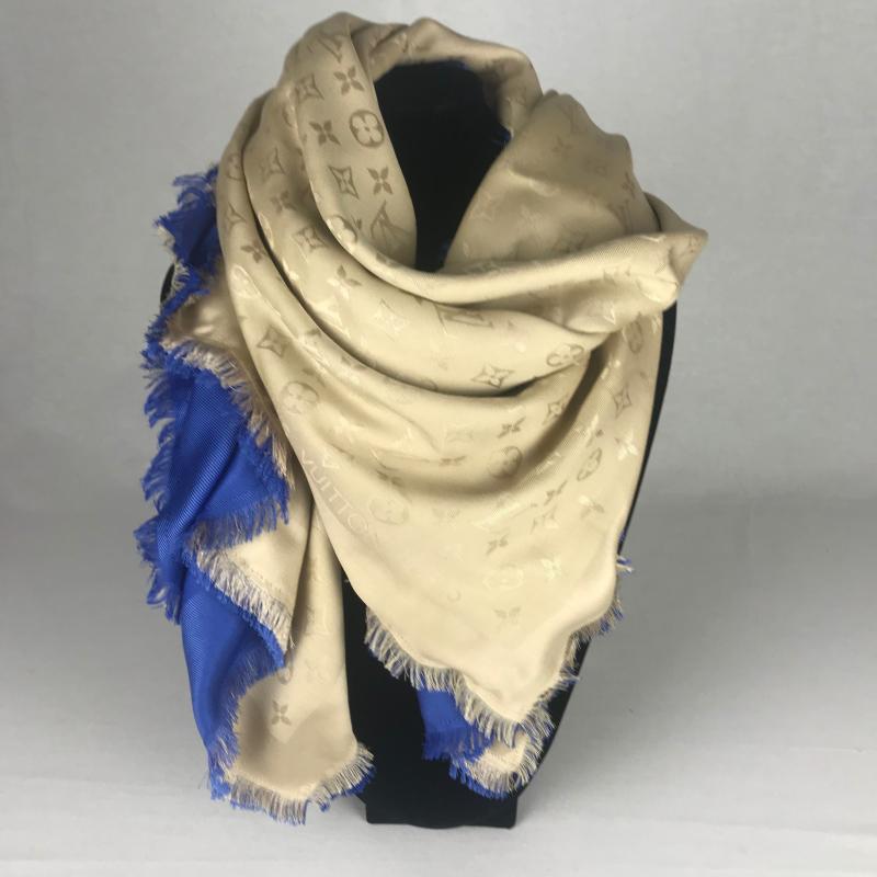 6c05d1ed74b Louis Vuitton Monogram Shawl Dubbel Bleu Dune - La Garderobe ...