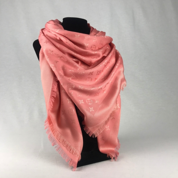 Louis Vuitton Monogram Shawl Salmone
